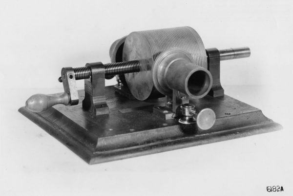 Edison First phonograph 18771